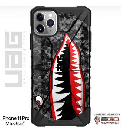 P_40_Flying_Tigers_Warhawk_Tiger_Shark_Teeth_on_Black_Ops_Camo_Phone_Case